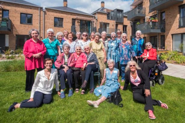 Older Women's Cohousing (i News)